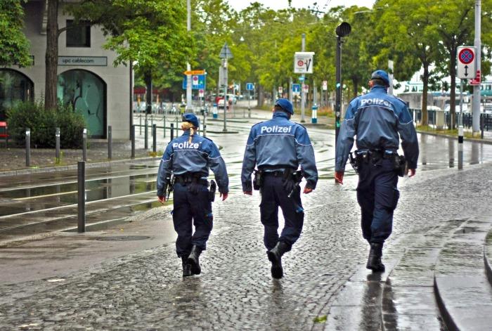 Mehr Polizei auf den Straßen – Gesunder Menschenverstand oder politischerSchnellschuss?